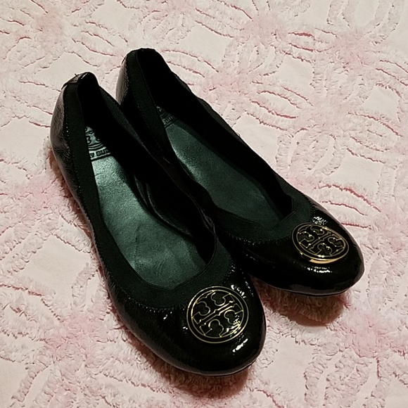 085db255e033c Tory Burch Caroline Flat Black Patent Leather Euc